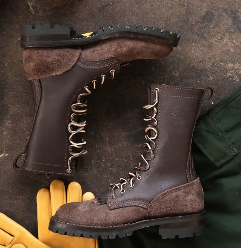 What Are Wildland Fireman Boots Made Of?
