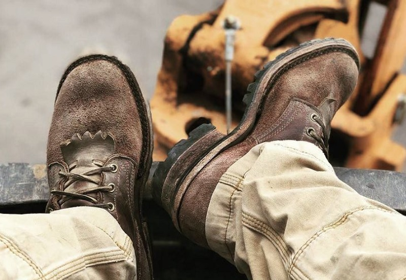 Getting Steel Toe Boots For Work? 3 Reasons You Need Custom Fitting