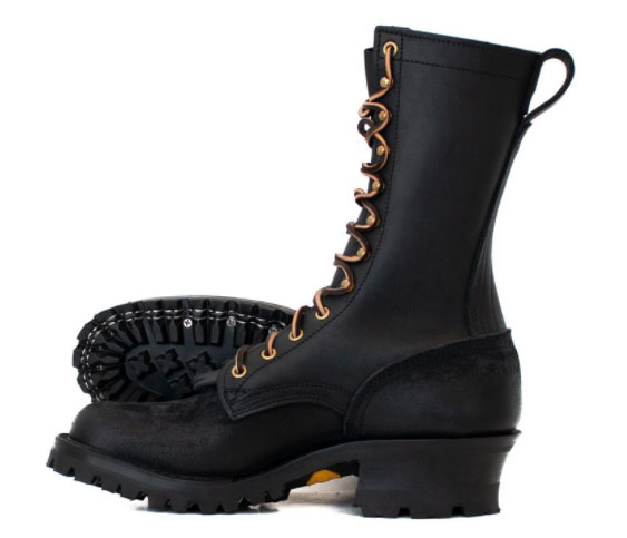 fire boots with hardy construction