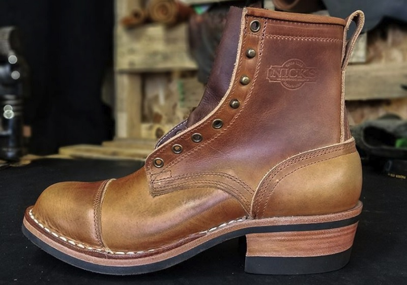 work boots with heel support